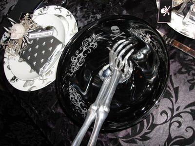 Halloween table 7