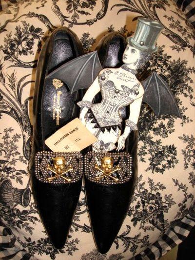 Skull shoes 3