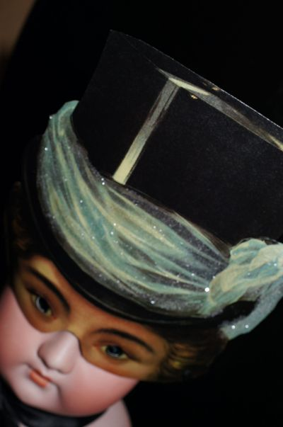 Mask top hat2