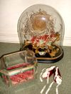 Victorian_dome_and_casket