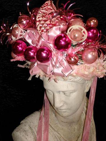 Edgar_pink_crown_2